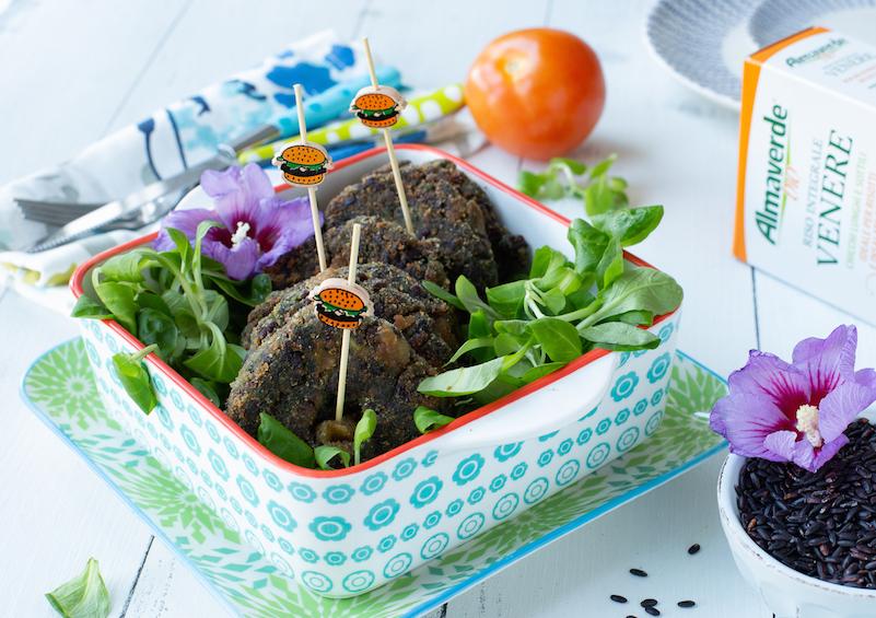 burger-di-riso-spinaci-e-salsiccia-ricetta-di-mamma-gy